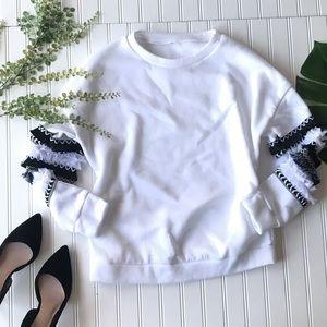 Ruffle sleeve sweatshirt top white black blue